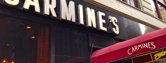 Carmine's Italian Restaurant is one of The Best Restaurants for Large Groups in New York.