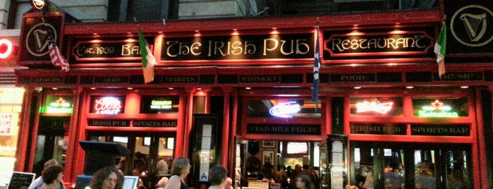The Irish Pub is one of Comida, Restaurantes, etc..