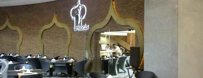 Damascus Restaurante is one of C. C. Líder.