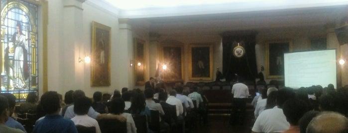 Benemérita Sociedad de Fundadores de la Independencia is one of ii.