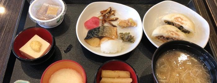 天然温泉 梓の湯 ドーミーイン松本 is one of 宿泊履歴.