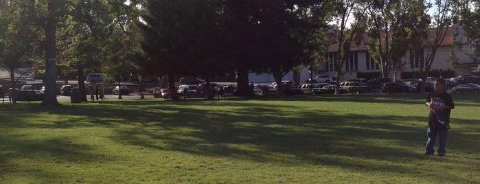 San Bruno City Park is one of Slacklining Spots.