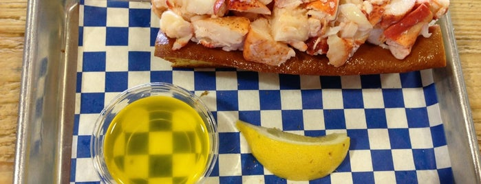 New England Lobster Market & Eatery is one of Ultimate Summertime Lobster Rolls.