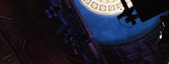 Roundabout Theatre Company is one of Manhattan Theatres.