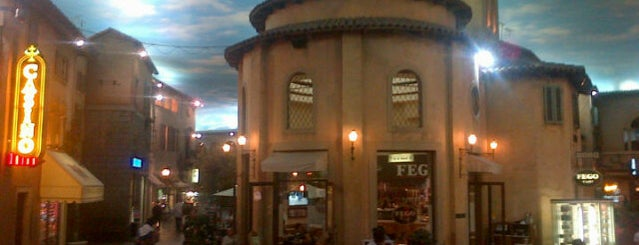 Montecasino is one of Perfect 10 Sunninghill.