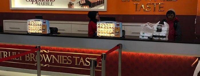 Amanda Brownies is one of Food Spots @Bandung.