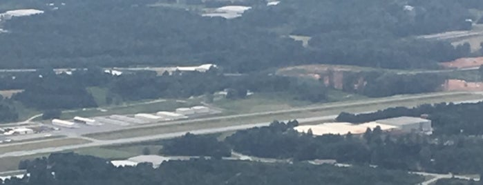 Lee Gilmer Memorial Airport (GVL) is one of Hopster's Airports 1.