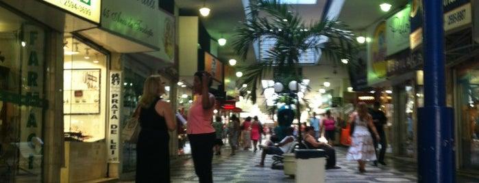 Galeria Oxford is one of Ruas e Cidades.