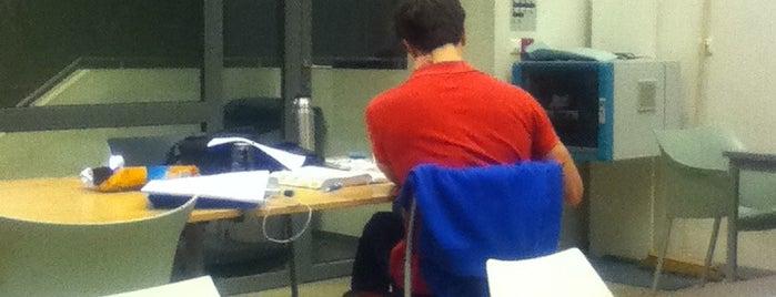 De Therminal is one of Student van UGent.