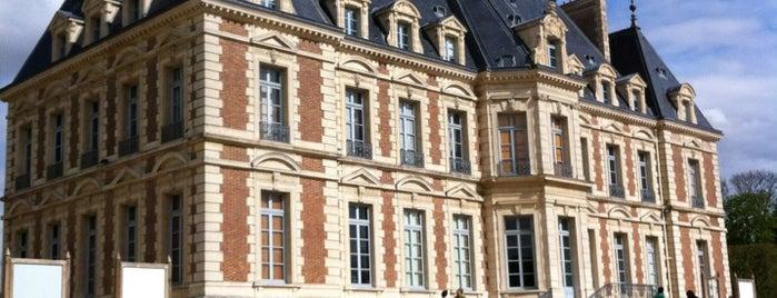 Château de Sceaux is one of Paris.