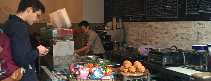 Straits Times Kopitiam is one of London Breakfast.