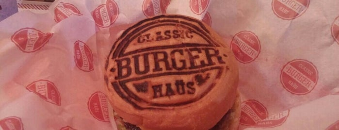 Classic Burger Haüs is one of Gastronomia.