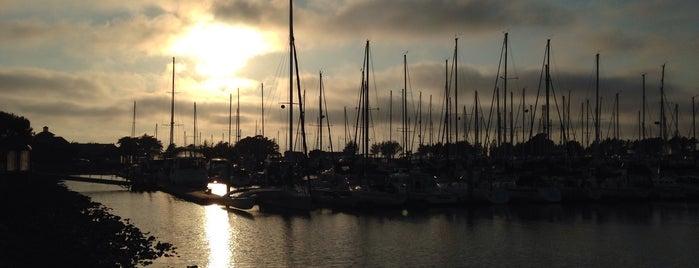 Emeryville Marina is one of San Francisco Scrapbook.