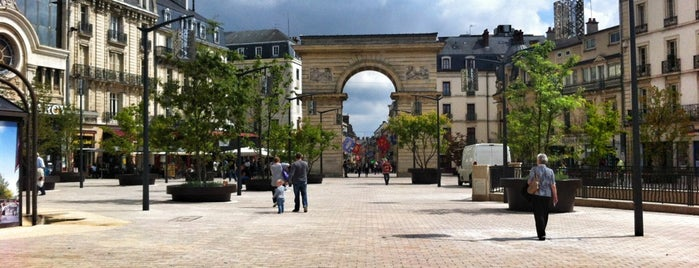 Dijon : rues & places
