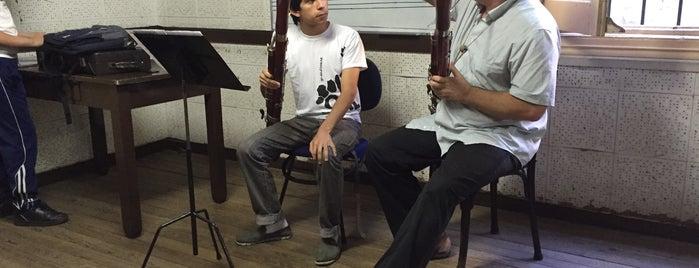 "Escuela Municipal de Música ""Vicente Ascone"" is one of Música clásica en Montevideo."