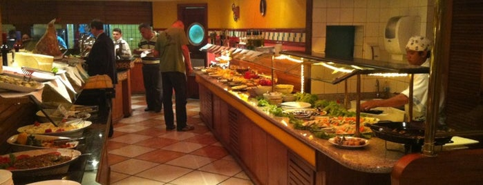 Pampa Grill is one of Restaurantes.