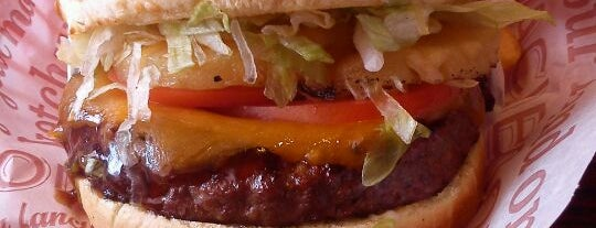 Red Robin Gourmet Burgers is one of The best after-work drink spots in Hillsboro, OR.