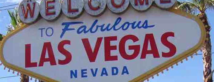 Welcome To Fabulous Las Vegas Sign is one of I  2 TRAVEL!! The PACIFIC COAST✈.