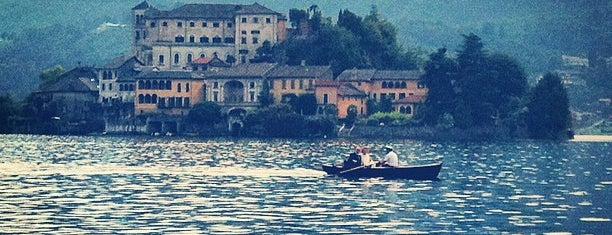 Lago d'Orta is one of IT places-culture-history.