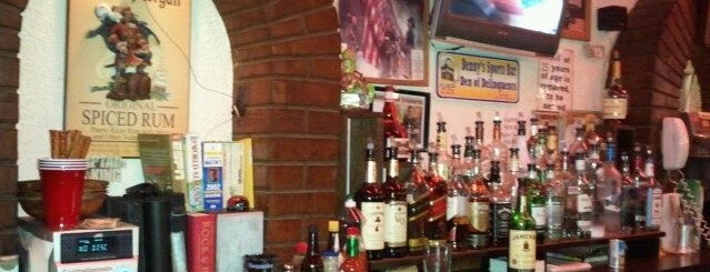 Denny's Steak Pub is one of South Brooklyn.