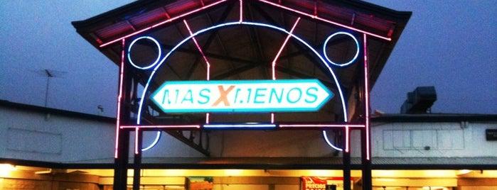 Mas X Menos is one of Sabanilla.