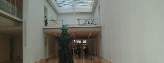 The Art Institute of Chicago is one of Recommendations in Chicago.