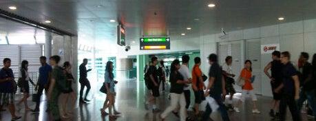 Buona Vista MRT Interchange (EW21/CC22) is one of Transport SG.