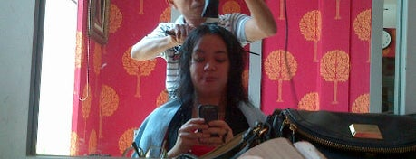 La Diva Salon is one of Rest & Relax @Bandung.