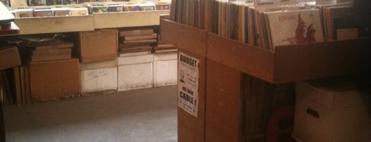 Earwax Records is one of Record Stores To Remember.