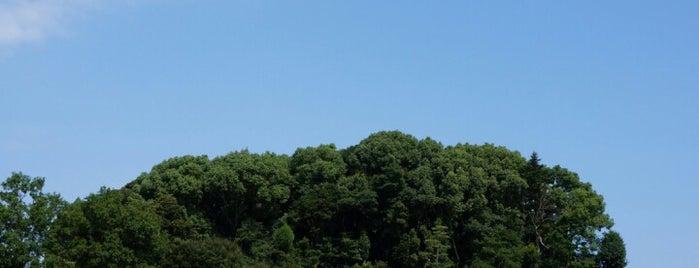 推古天皇 磯長山田陵 (山田高塚古墳) is one of 天皇陵.