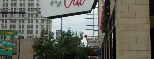 Fat Cat Bar & Grill is one of chicago spots.
