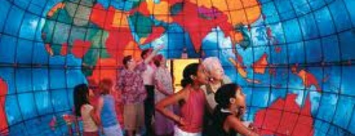 Mapparium is one of Aquariums, Museums and Zoos in Boston.