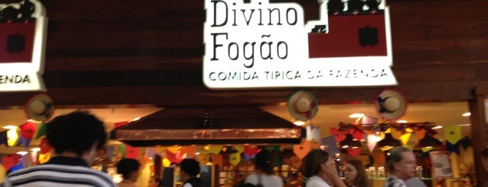 Divino Fogão is one of Flamboyant Shopping Center.