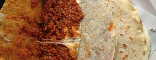 Antojitos Mexicanos El Camioncito is one of Donde comer sin carne..