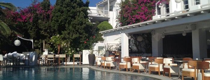 Belvedere Bar is one of Mykonos.