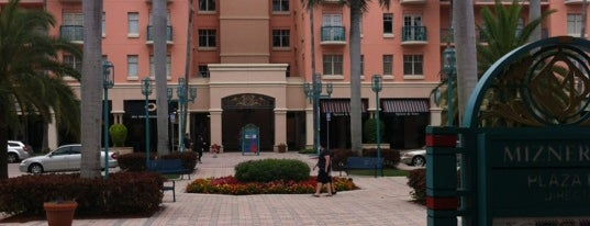 Mizner Park is one of Off-Campus Hot Spots.