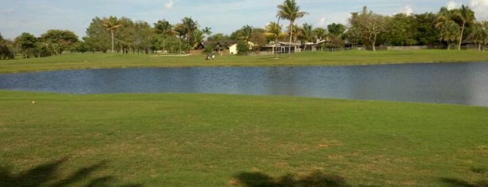 Briar Bay Golf Course is one of Golf Miami-Dade.