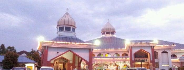 Masjid Al Falah is one of Baitullah : Masjid & Surau.