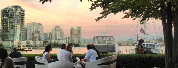Dockside Restaurant is one of Vancouver to do list.