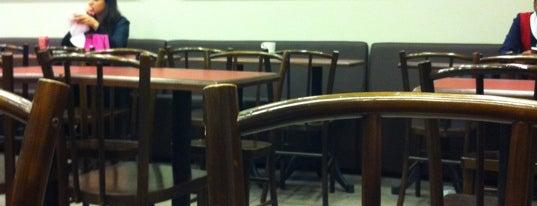 Bom Senso Café is one of cafés.