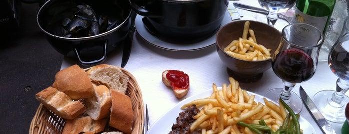 Le Bourbon is one of Restaurants & cafés chics.