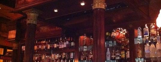 Nicholson's Tavern and Pub is one of Cincinnati Beer Geek.