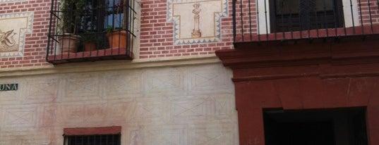 Museo del Vidrio y Cristal de Málaga is one of 101 cosas que ver en Málaga antes de morir.