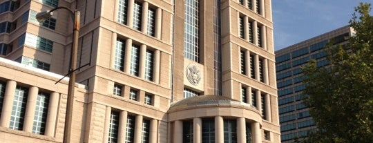 Thomas F. Eagleton U.S. Courthouse is one of Tallest Buildings in St. Louis.
