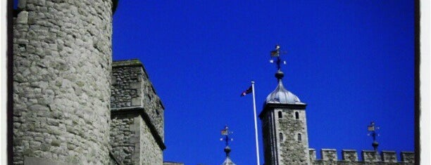 Torre de Londres is one of Bucket List Places.