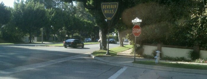 City of Beverly Hills is one of I  2 TRAVEL!! The PACIFIC COAST✈.