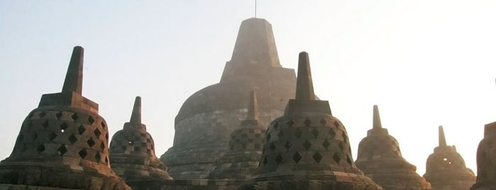 Borobudur Temple is one of The 7 WONDERS of The World.