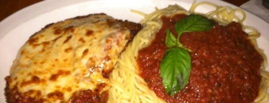 Abbondanza Italian Restaurant is one of Regulars.