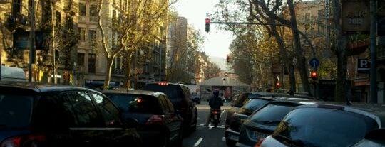Ronda de Sant Antoni is one of Sombra tour.