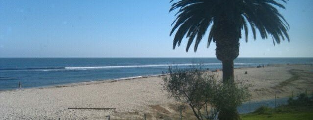 Surfrider Beach is one of Top 10 Surf Breaks in the USA.